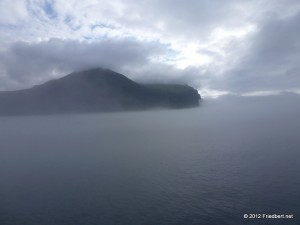Island der erste Tag    von Seyisfjrur nach rshfn    eine Fahrt im Nebel